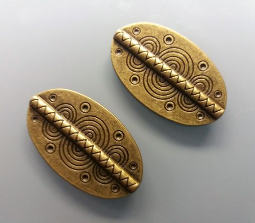 2 perles plates ovales 36 mm coloris bronze